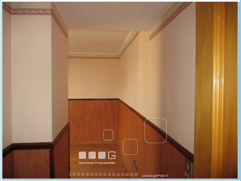 P4557 - P4557-26.jpg